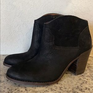 Black leather like new Lucky Boot style LKELLER
